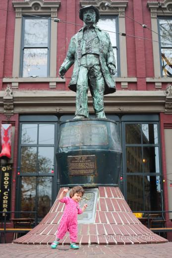 ギャスタウン ギャスの銅像