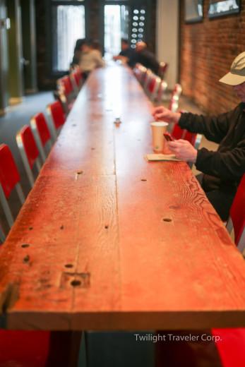 ロングテーブル カフェ