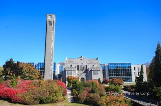 UBC 時計台 図書館