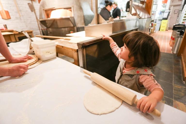 子供 手作りピザ体験