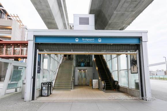 BridgePort 駅