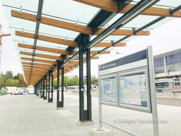 UBC バスターミナル