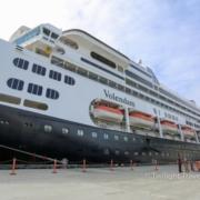Holland America クルーズ船
