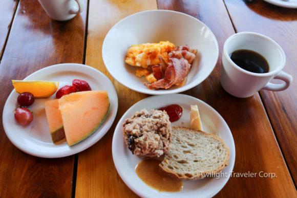 グランピング 朝食