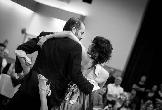 Tango 079-2.jpg